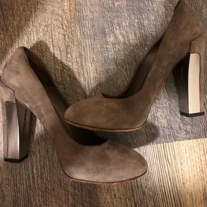Used Brian Atwood Pumps